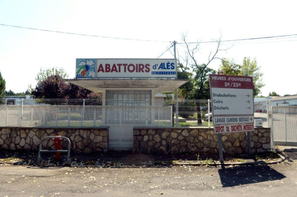 Abattoir-Ales-Holidogtimes