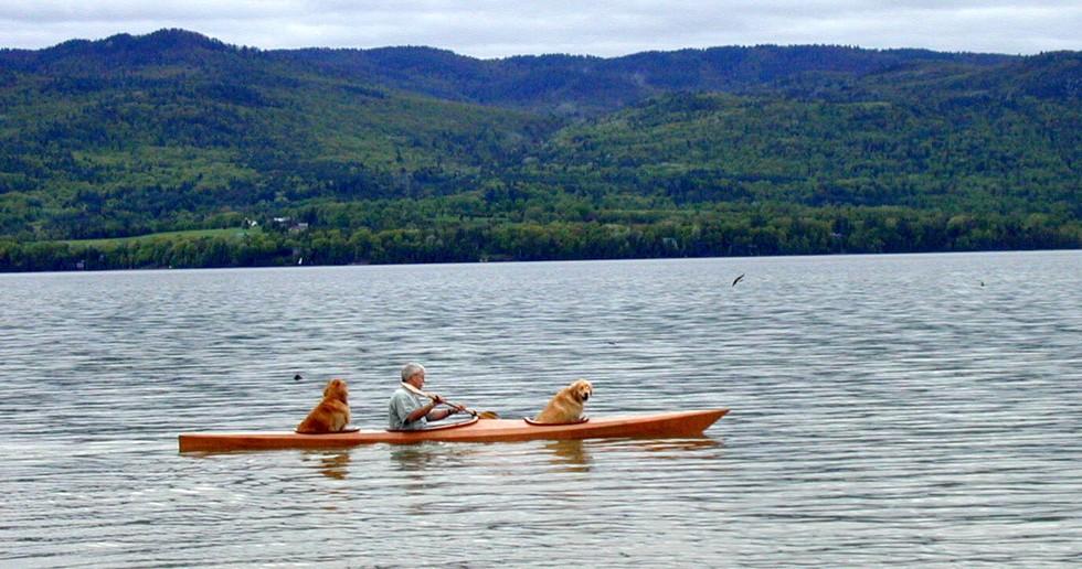 dog-kayak-4