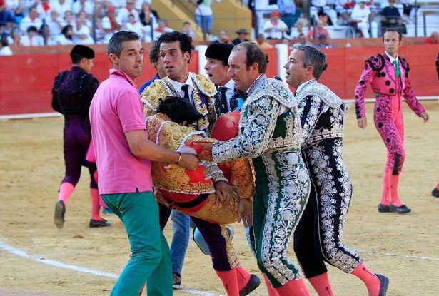 victor-barrio-corrida-torero-19