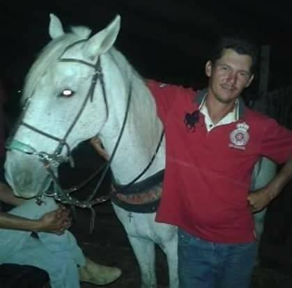 horse_sereno_funeral_5