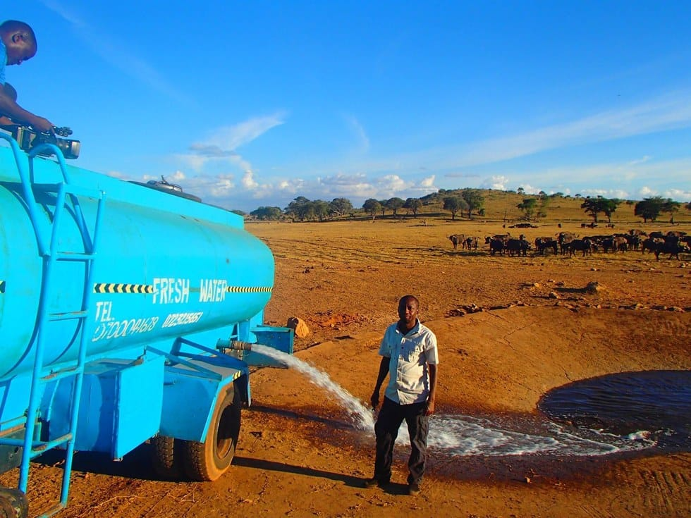 kenya_drought_water_delivery_2